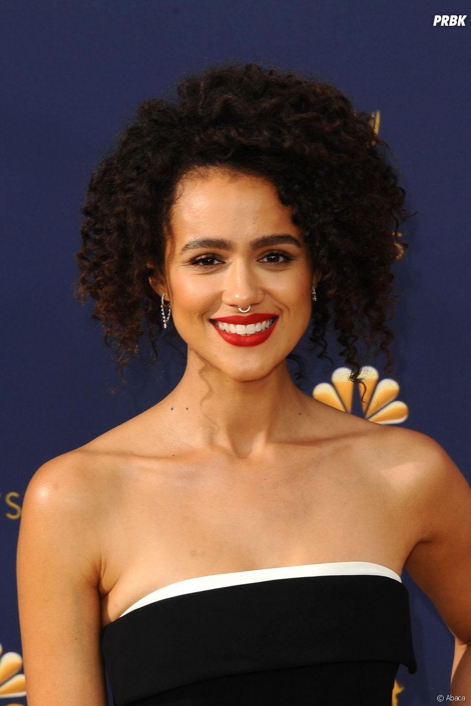 Natalie Emmanuel sur le tapis rouge des Emmy Awards 2018 le 17 septembre à Los Angeles