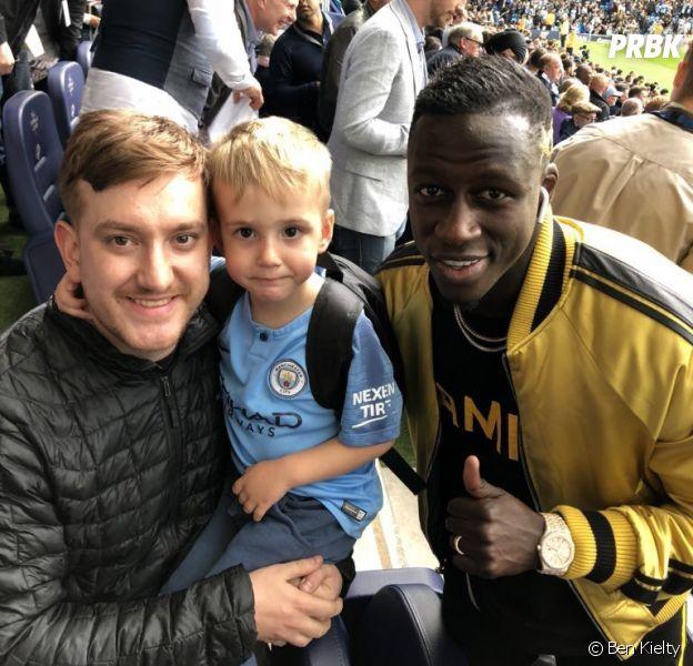 Benjamin Mendy invite un fan et son fils à voir un match de Manchester City