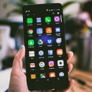 Lenovo : un smartphone pliable fuite en vidéo, révolutionnaire ou inutile ?
