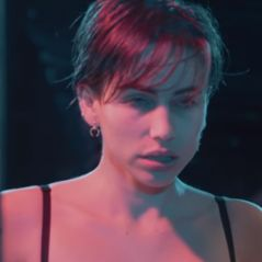 """Natasha"" : Gaëlle Garcia Diaz invite Cara Saint-Germain et Joeystarr pour un clip sombre"
