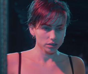 "Gaëlle Garcia Diaz invite l'actrice porno Cara Saint-Germain et Joeystarr dans le clip de ""Natasha"""