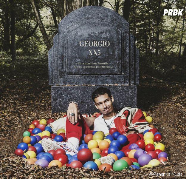 """Georgio a-t-il photoshoppé la pochette de son album """"XX5"""" ? Sa réponse parfaite"""