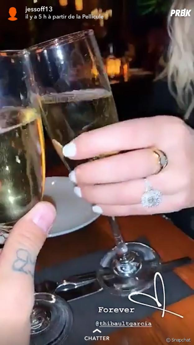 Jessica Thivenin fiancée à Thibault Kuro : elle dévoile son énorme bauge