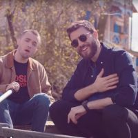 """Cyprien VS Squeezie : la fin de la """"guerre"""" ? Les youtubeurs se réconcilient en chanson"""