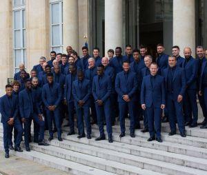 Les Bleus réunis pour recevoir la Légion d'honneur le 4 juin 2019