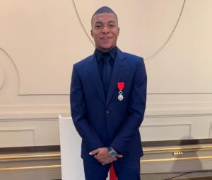 Kylian MBappé sacré chevalier de la Légion d'honneur le 4 juin 2019