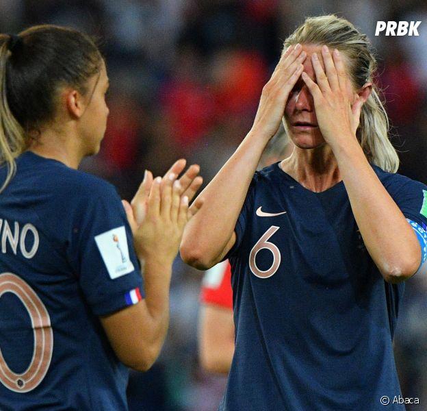 Les Bleues ont perdu en 8ème de finale : les twittos en colère à propos du pénalty non donné durant le match France Etats-Unis (1 à 2). Une défaite difficile pour l'équipe de France féminine de football