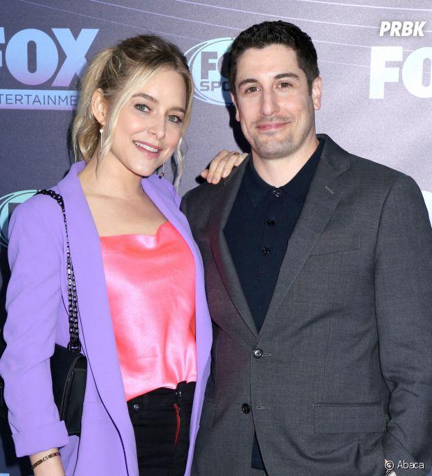 Jason Biggs pose avec sa femme
