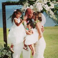 Dwayne Johnson marié à Lauren Hashian : les photos 100% romantiques de leur mariage à Hawaï
