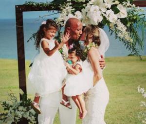 Dwayne Johnson marié à Lauren Hashian : les photos 100% romantique de leur mariage à Hawaï
