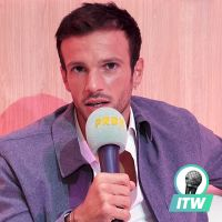 Hugo Philip  : Danse avec les stars 10, Caroline Receveur, leur bébé... L'interview Off Screen