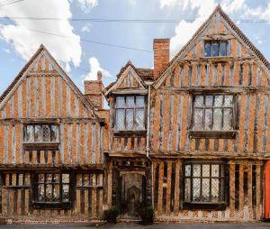 Harry Potter : sa maison d'enfance où ses parents ont été tués (qu'on voit dans Harry Potter et les reliques de la mort - 2ème partie) est à louer sur Aibnb