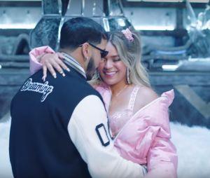 Anuel AA, KAROL G – SecretoAnuel AA, Daddy Yankee, Karol G, Ozuna & J Balvin – China (Video Oficial)