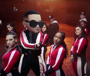 Daddy Yankee & Snow – Con Calma (Video Oficial)