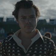 """Harry Styles dévoile ses super-pouvoirs dans le clip façon court-métrage de """"Adore You"""""""