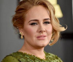Adele métamorphosée : la chanteuse se montre très amincie