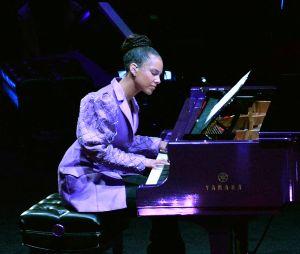Alicia Keys à la cérémonie hommageà Kobe Bryant et sa fille Gianna le 24 février 2020 au Staples Center de Los Angeles