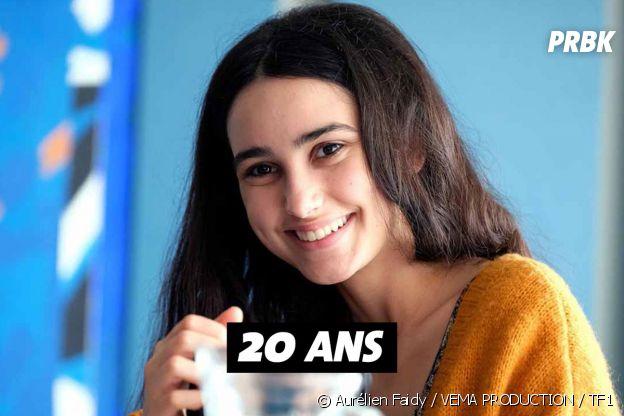 Les Bracelets rouges : quel âge à Louna Espinosa (Roxane) ?