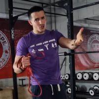 Tibo InShape : le YouTubeur propose des cours de sport durant le confinement, mais attention...
