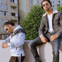 """PNL : le T-shirt Tour-Eiffel """"Au DD"""" des rappeurs prend cher sur les réseaux sociaux"""