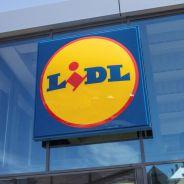 Lidl sort une collection avec claquettes, chaussettes et sneakers : on valide ?