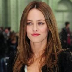 Vanessa Paradis ... Elle tourne un film à Dubaï avec Sergi Lopez