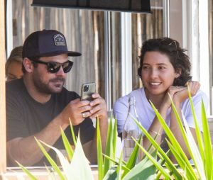 Zac Efron célibataire ? Il serait séparé de sa copine australienne Vanessa Valladares