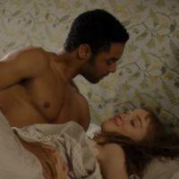 La Chronique des Bridgerton : une gynécologue critique les scènes de sexe
