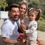 Carla Moreau enceinte de son 2e enfant avec Kevin Guedj ? Elle sème (encore) le doute