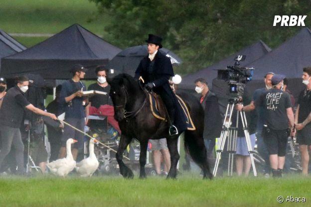 La Chronique des Bridgerton saison 2 : Jonathan Bailey sur le tournage  e 3 juin 2021