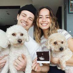 Grant Gustin papa : Andrea LA Thoma dévoile le sexe et le prénom de leur bébé 👶
