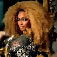 Beyoncé ... Au milieu d'autres stars pour un défilé de Tom Ford (vidéo)