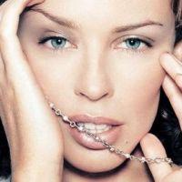 Kylie Minogue ... en déesse de l'amour ... pour sa tournée