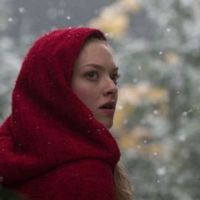 Amanda Seyfried ... Elle chante Li'l Red riding Hood