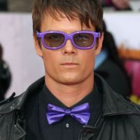 Josh Duhamel ... Déguisé en Justin Bieber pour les Kids' Choice Awards 2011 (PHOTOS)
