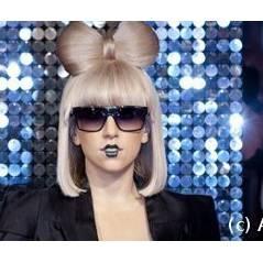 Lady Gaga ... deux fois au Grand Journal en 2011