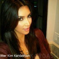 Kim Kardashian dévoile sa nouvelle coupe de cheveux sur Twitter (PHOTOS)