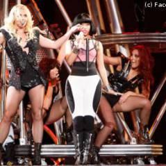 Britney Spears so hot ... elle fait un lap dance de Femme Fatale à un fan (VIDEO)