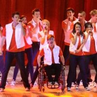 PHOTOS ... la troupe de Glee enflamme l'O2 Arena de Londres