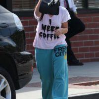 Jennifer Love Hewitt : Elle a honte de ses kilos en trop (PHOTOS)