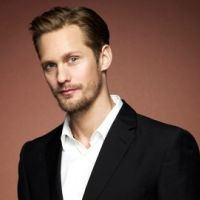 Alexander Skarsgard : le sexy Eric de True Blood est célibataire
