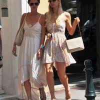 Paris Hilton et Nicky : reines de St-Tropez (PHOTOS)
