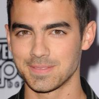 PHOTOS - Joe Jonas a 22 ans : portrait d'un Jonas Brother