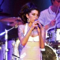 Amy Winehouse n'est pas morte à cause de la drogue ... peut-être à cause de l'alcool