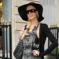 PHOTOS - Paris Hilton : en pleine séance de shopping à Paris