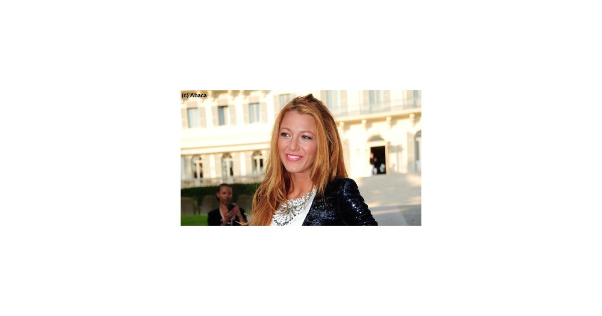 blake lively elle est tomb e amoureuse de notre pays. Black Bedroom Furniture Sets. Home Design Ideas