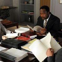 The Good Wife saison 3 : Lisa Edelstein vient mettre le bazar (PHOTOS)
