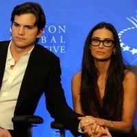 Ashton Kutcher démasqué : Bruce Willis soutient Demi Moore