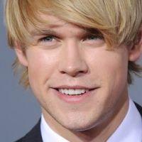 Glee saison 3 : Chord Overstreet alias Sam réintrègre le Glee Club