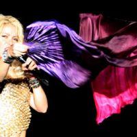 Shakira chante en français : Je l'Aime à mourir de Francis Cabrel
